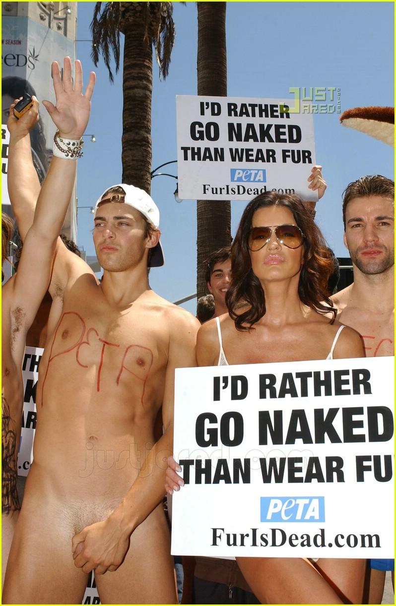 nude boy and girl indonesia