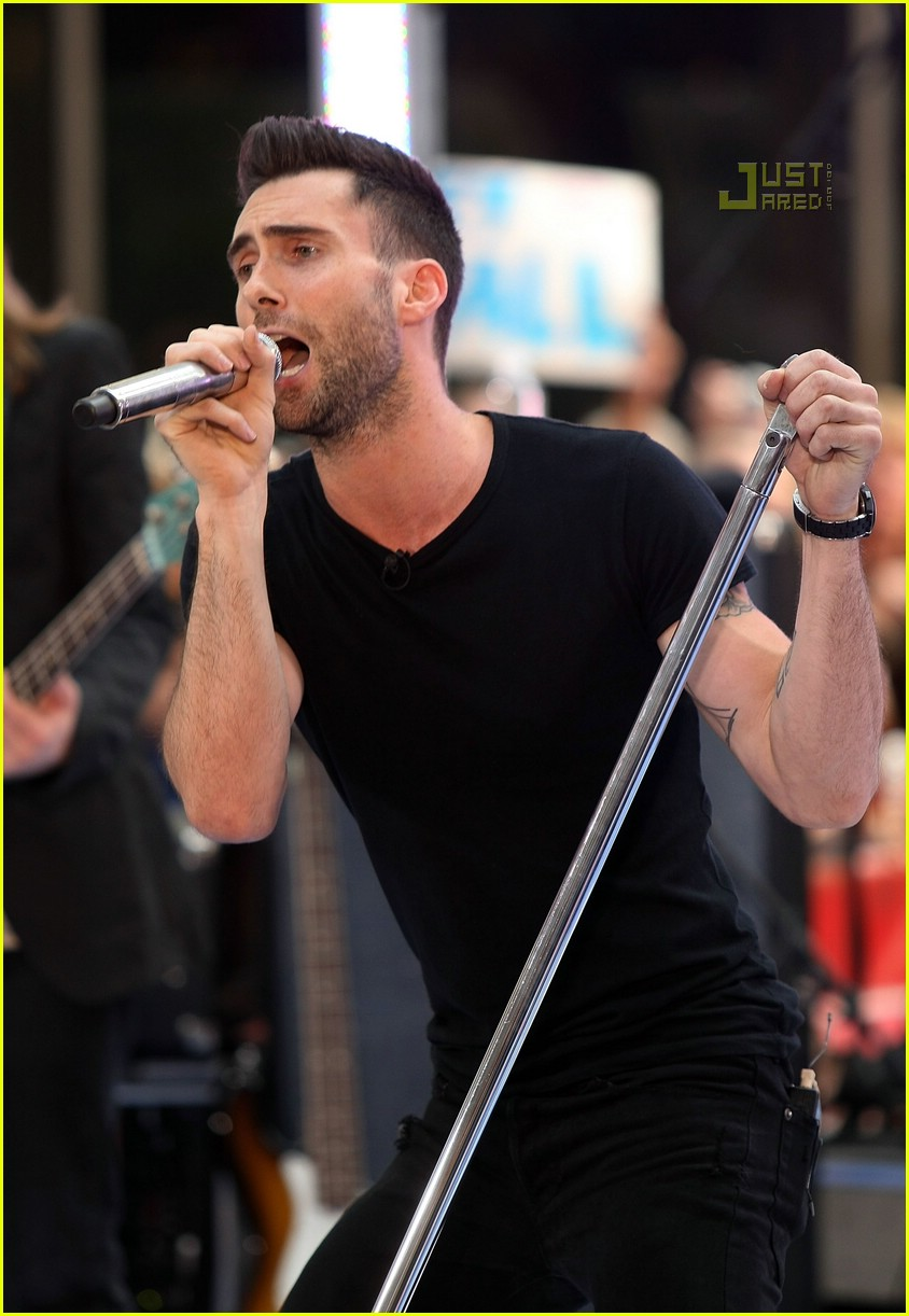 adam levine the today show 08535101