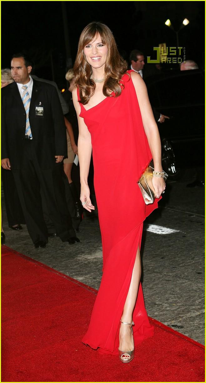 Jennifer Garner @ 'The Kingdom' Premiere: Photo 596141 ...