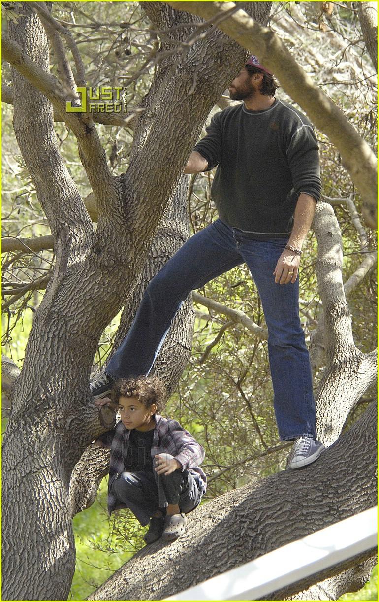 Hugh Jackman is a Nature Boy: Photo 609211 | Celebrity Babies, Deborra ...