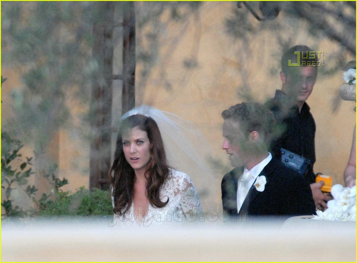 kate walsh wedding dress