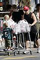 ryan phillippe kids grocery shopping 05