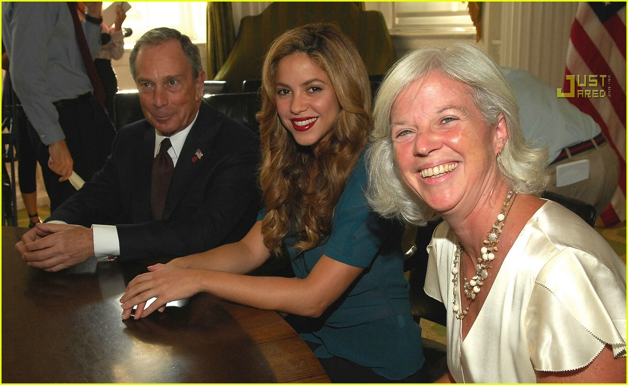 shakira mayor bloomberg 26619271