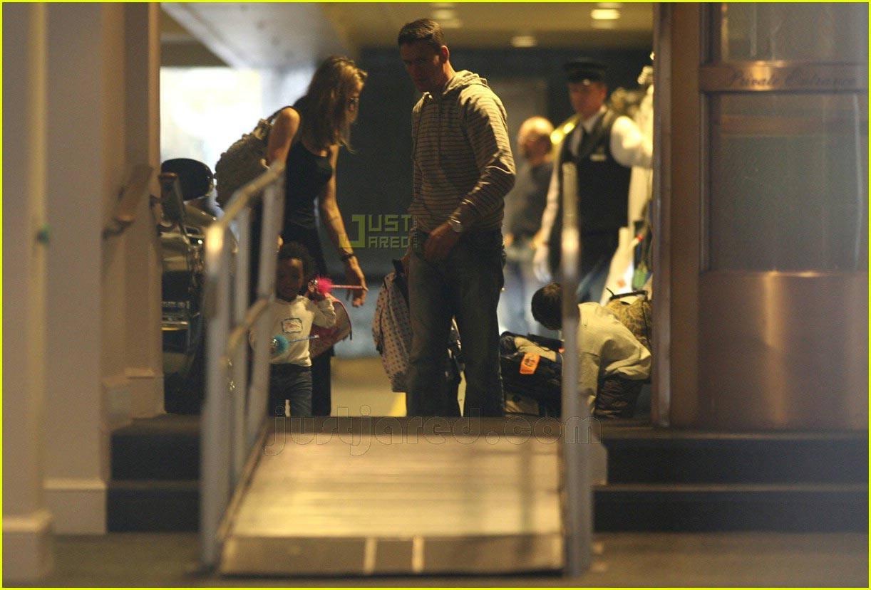 brad angelina new york hotel 02