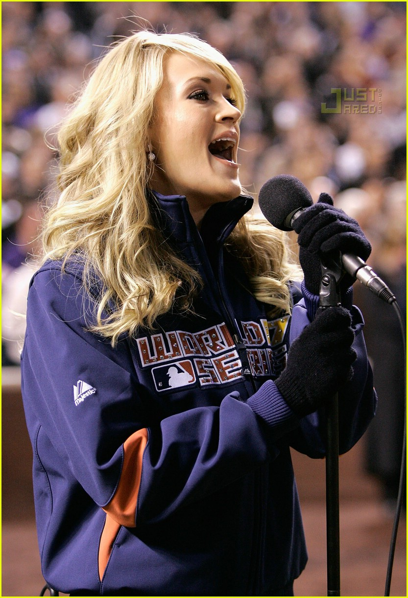 carrie underwood national anthem 12