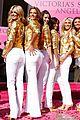alessandra ambrosio victorias secret fashion show 2007 22
