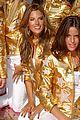 alessandra ambrosio victorias secret fashion show 2007 50