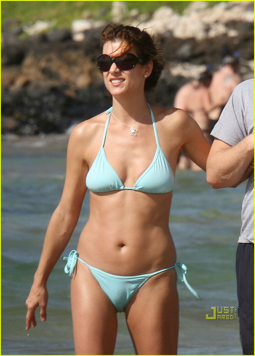 Kate Walsh In Bikini 70