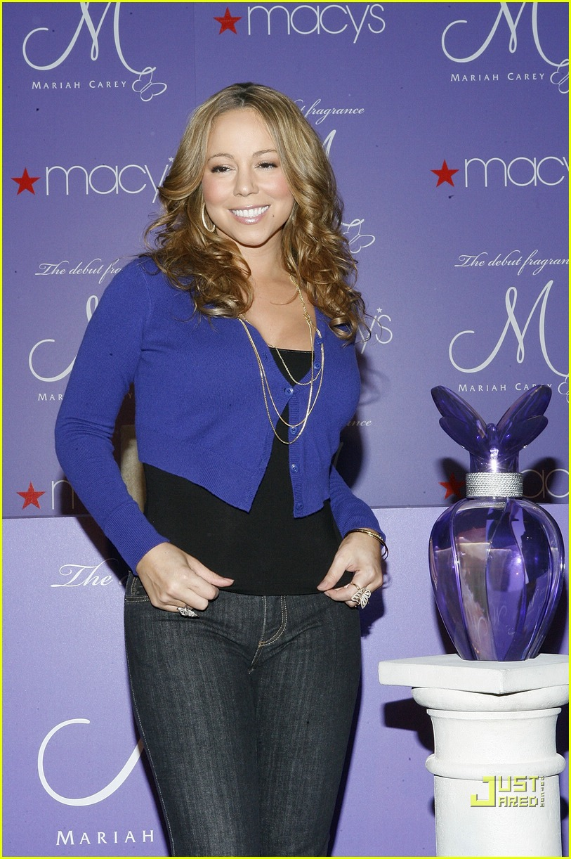mariah carey macys 22