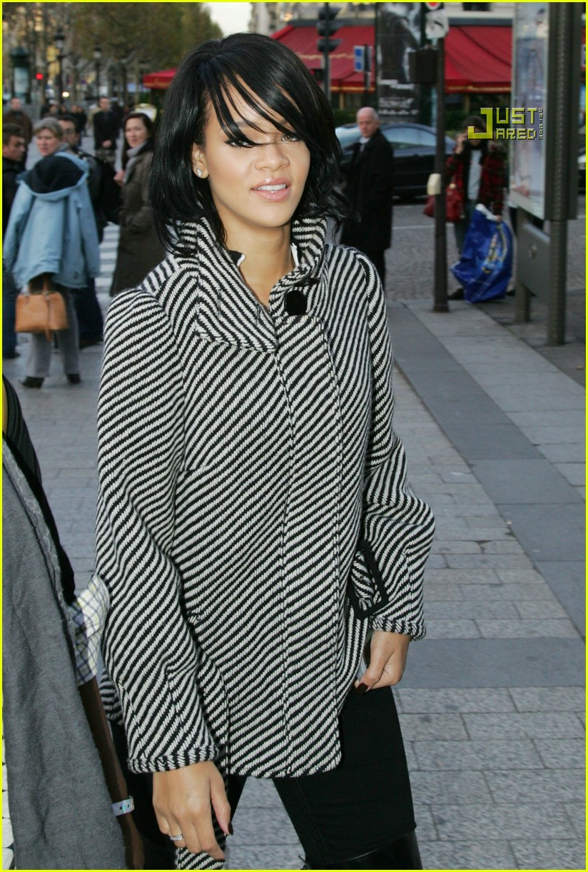 rihanna luxury shopping spree 07
