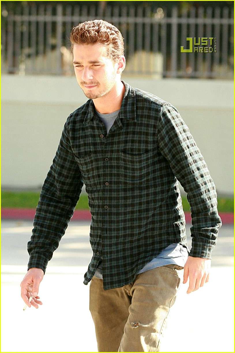 shia labeouf plaid 09