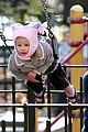 jennifer garner violet swing set 19