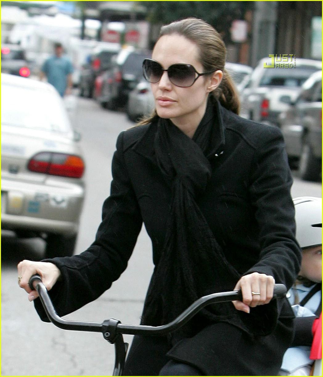 angelina jolie shiloh bicycle 11815361