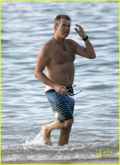 pierce brosnan shirtless 34