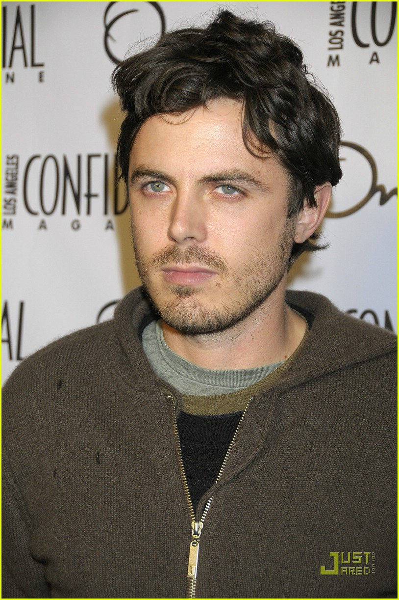 casey affleck la confidential cover boy 01882031