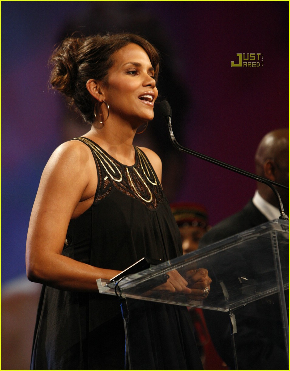 halle berry palm springs film festival 02833541