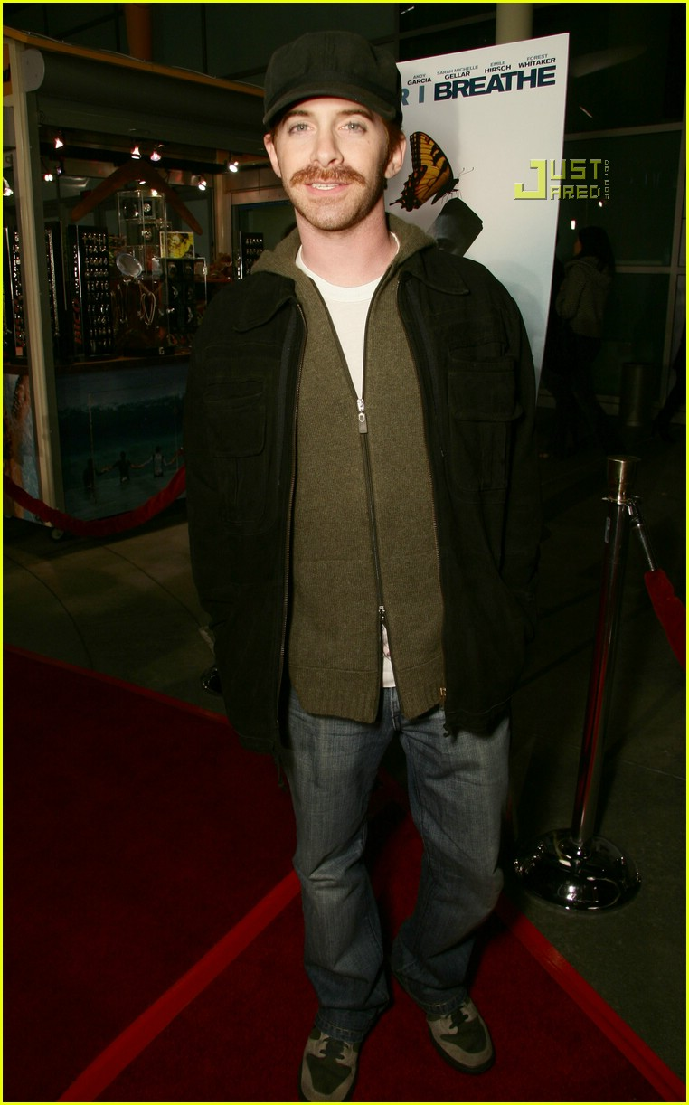 seth green mustache 02