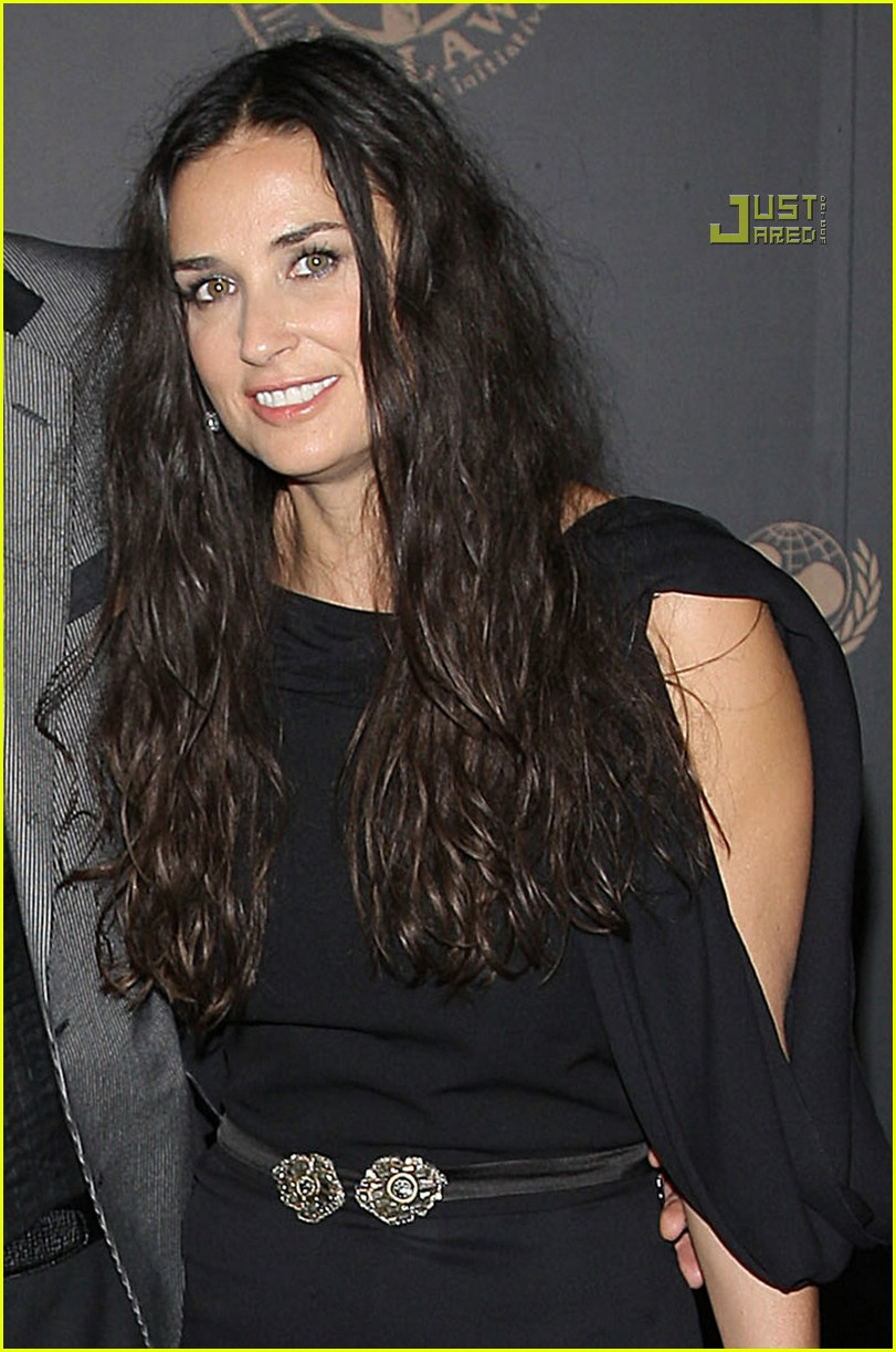 demi moore night to benefit raising malawai unicef 04914211