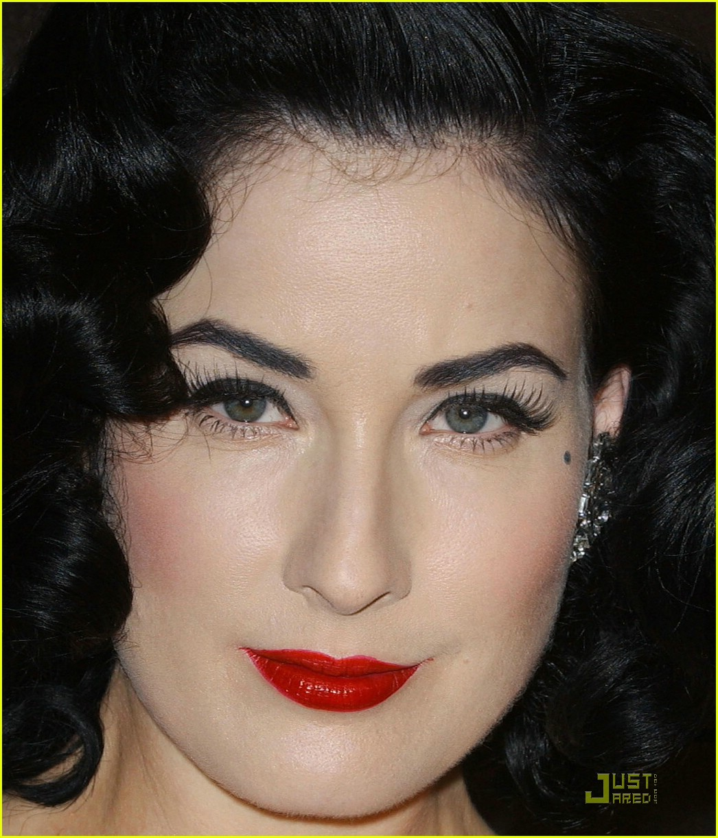 dita von teese diamond dinner 03