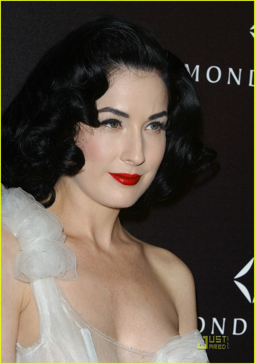 dita von teese diamond dinner 08