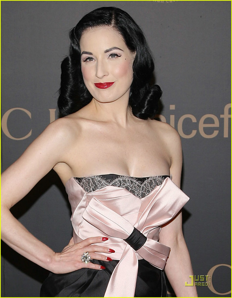 dita von teese night to benefit raising malawai unicef 07913821