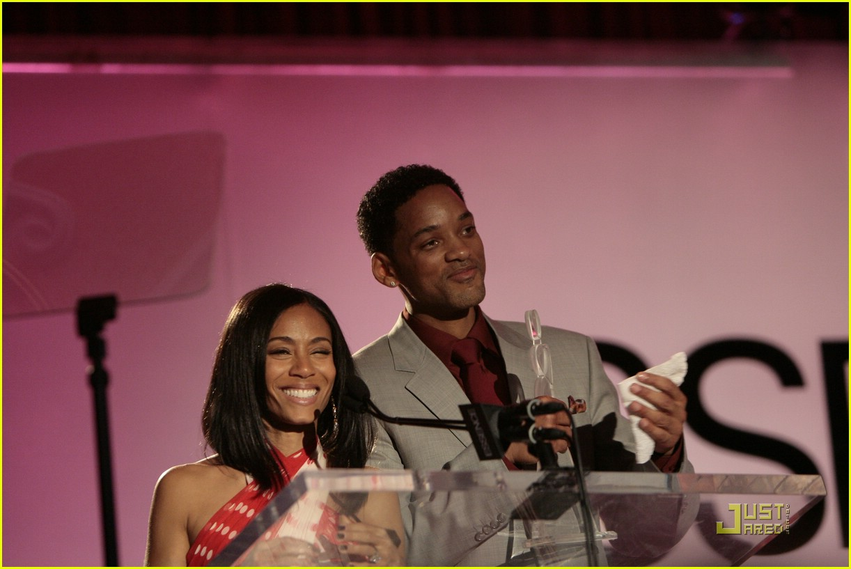 jada pinkett smith honored by essence 44