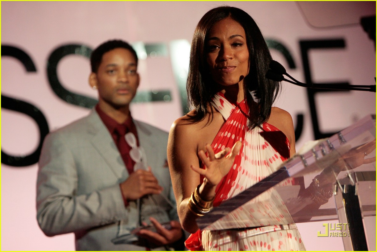 jada pinkett smith honored by essence 46947491