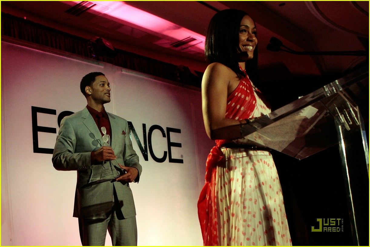 jada pinkett smith honored by essence 49