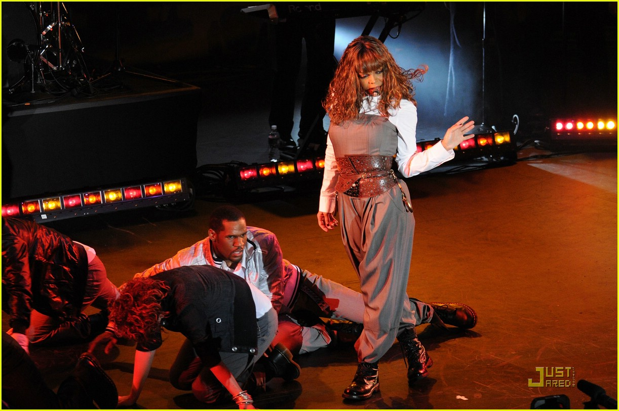 Janet Jackson: Good Morning America!: Photo 957681