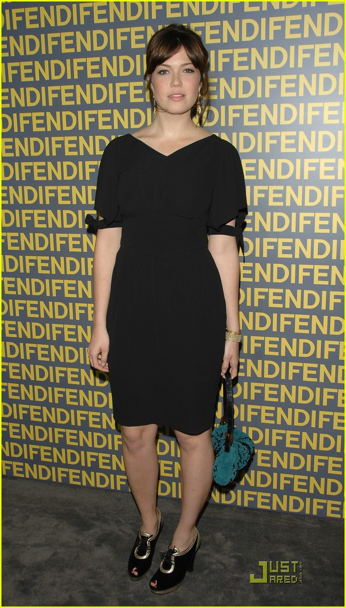 mandy moore fendi 02931791