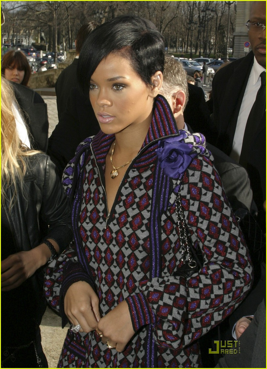 rihanna paris fashion week 12