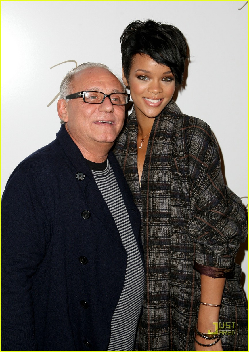 rihanna ny fashion week 12