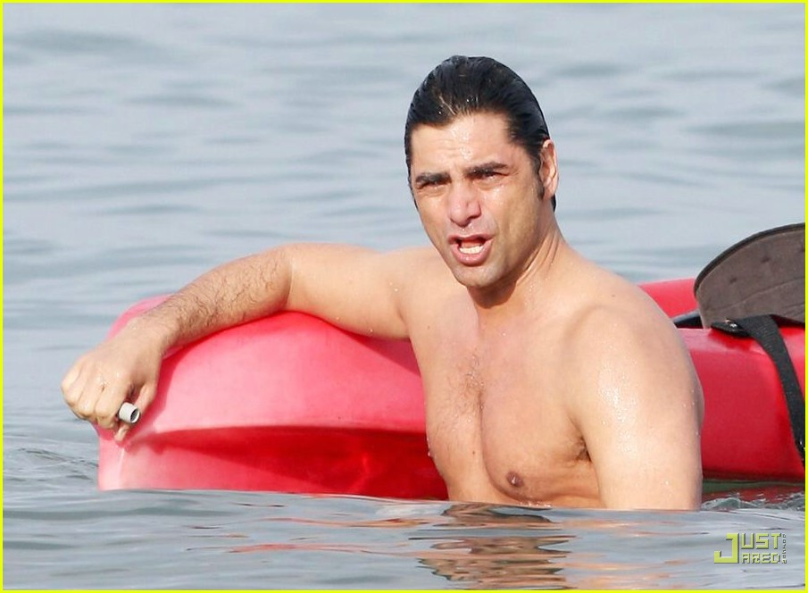 john stamos shirtless 01