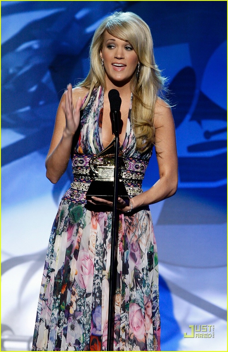 carrie underwood grammys 2008 53