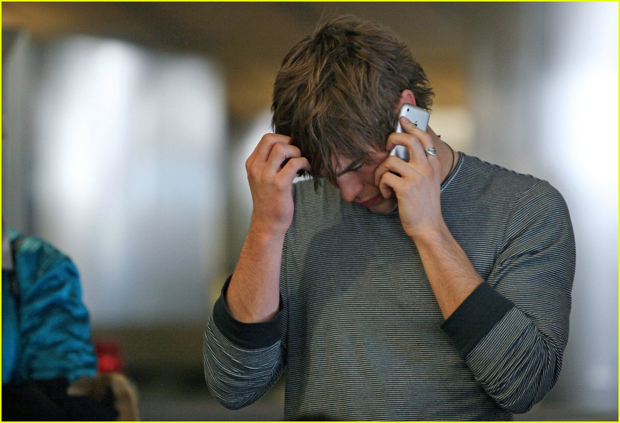 chace crawford phone 11