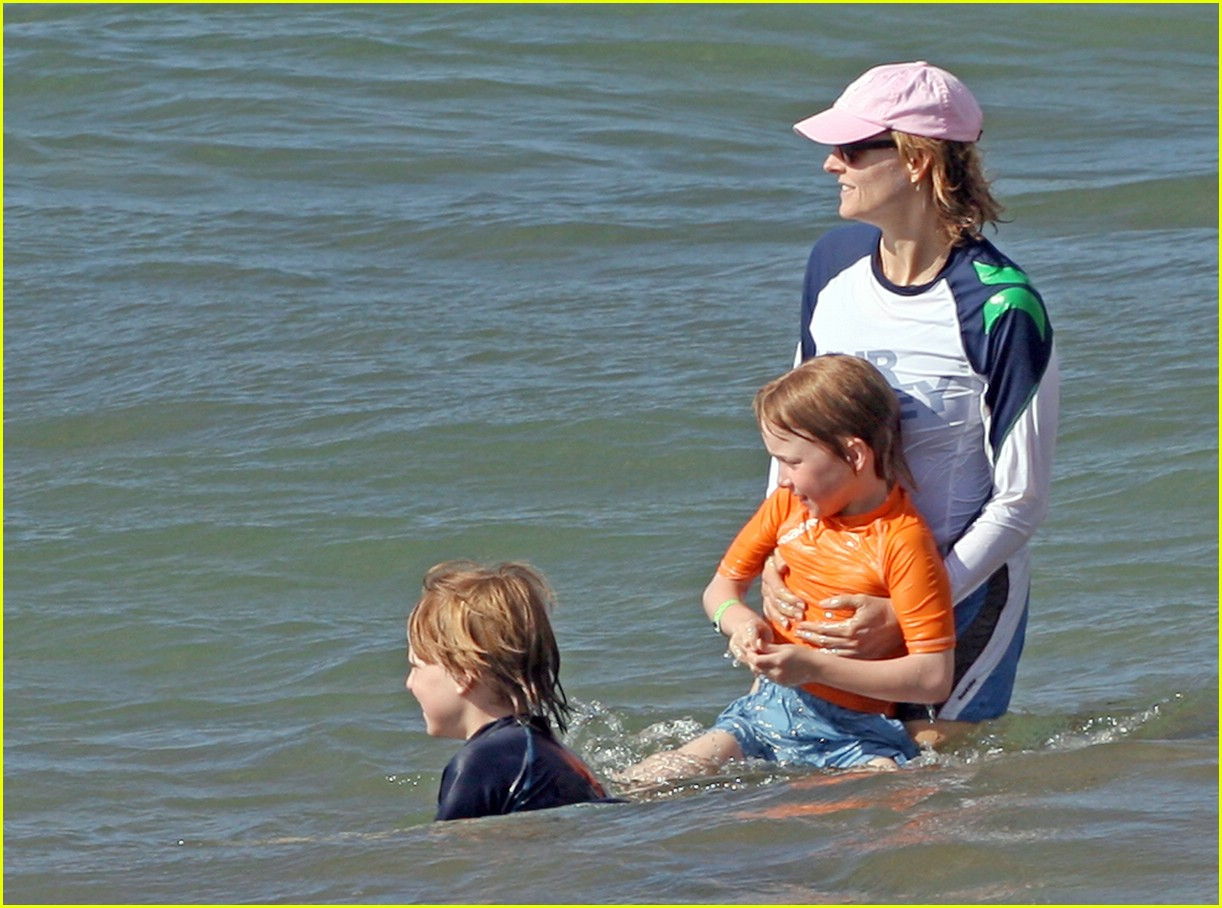 jodie foster easter 15