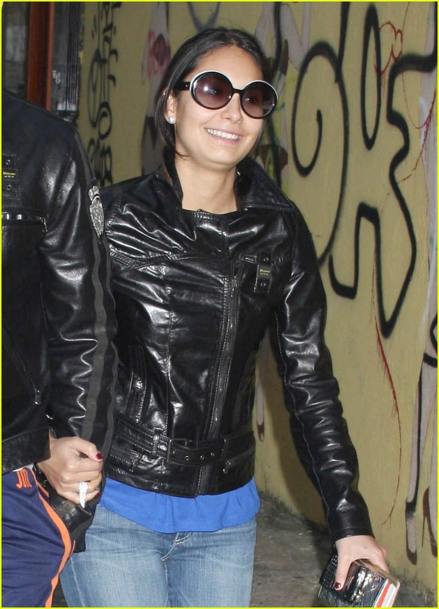 jonathan rhys meyers leather jacket 02