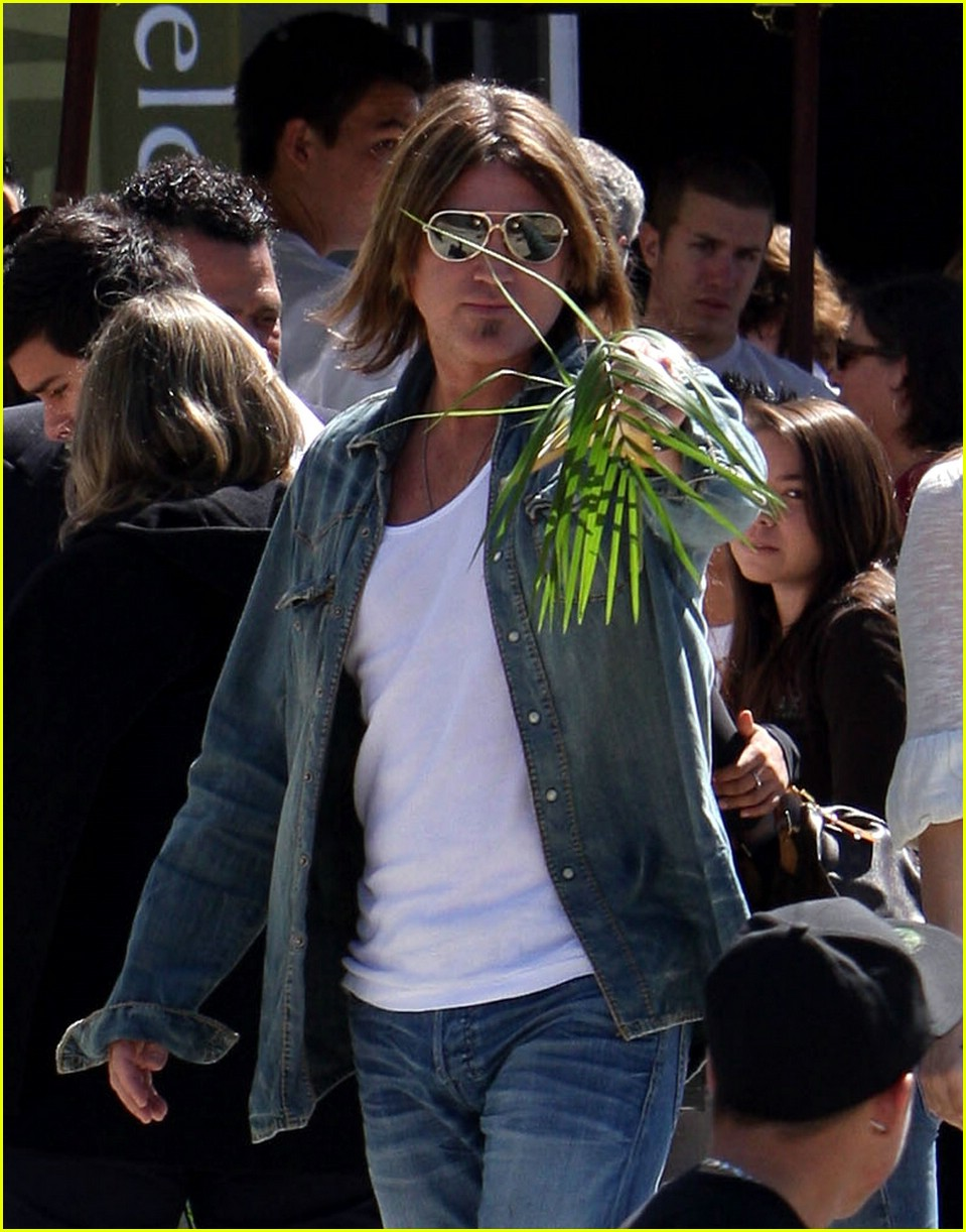 miley cyrus palm sunday 071000401