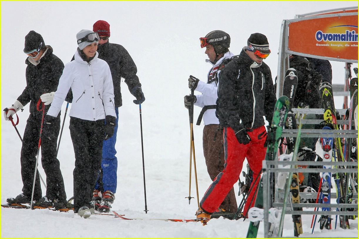 prince william kate middleton skiing 13