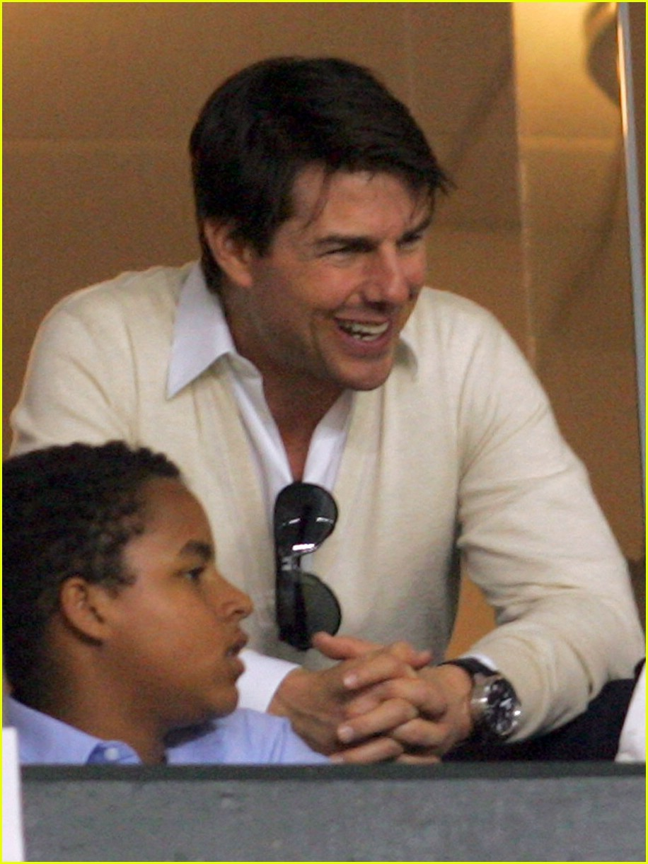 tom cruise kids soccer game 051095081