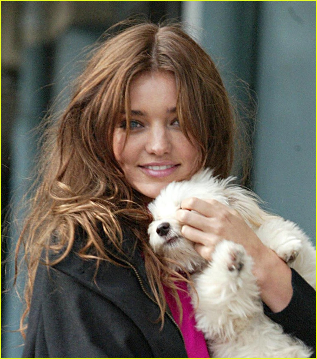 miranda kerr dog 02