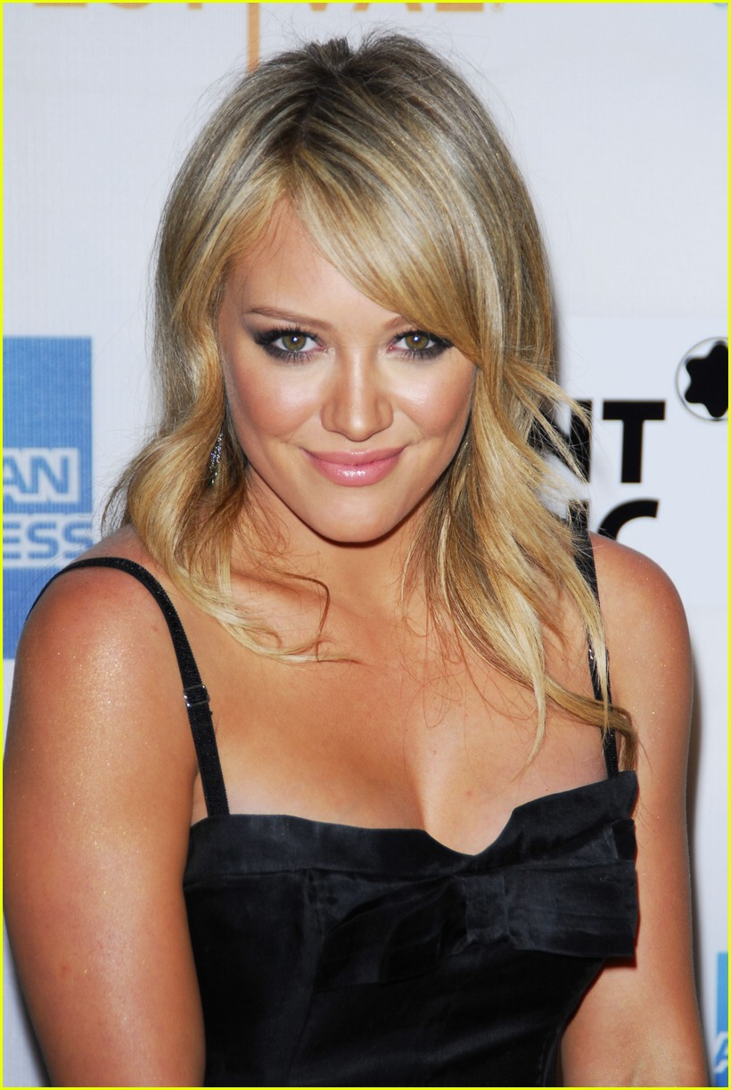hilary duff war inc 14