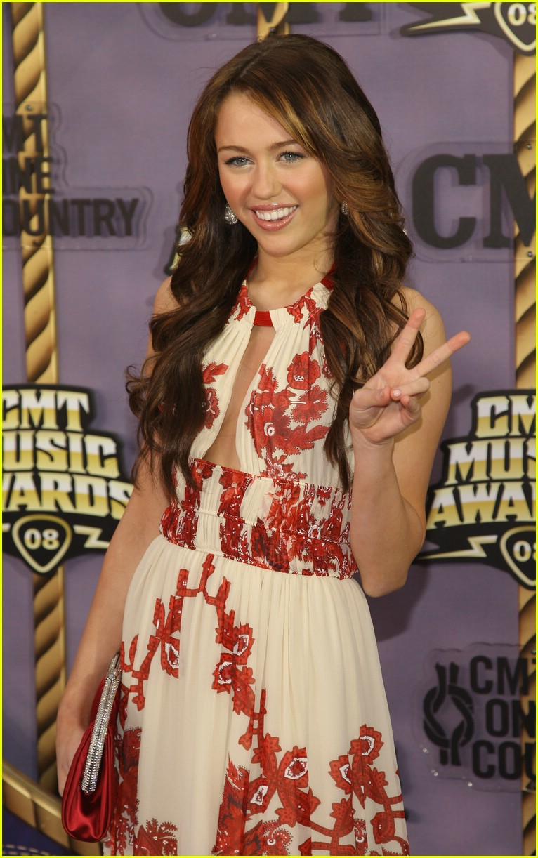 miley cyrus cmt music awards 2008 06