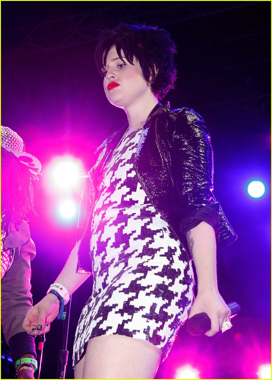 kelly osbourne coachella 10