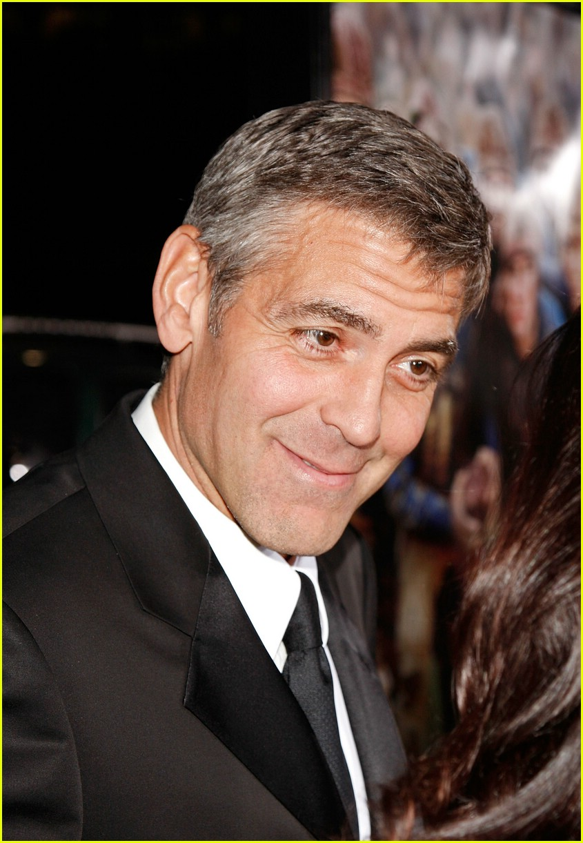 george clooney leatherheads premiere 121036971