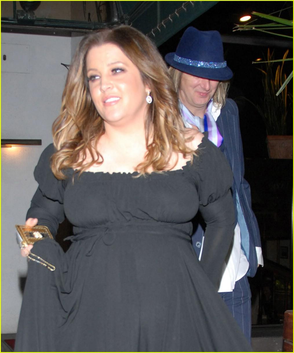 Lisa Marie Presley Pregnant 117