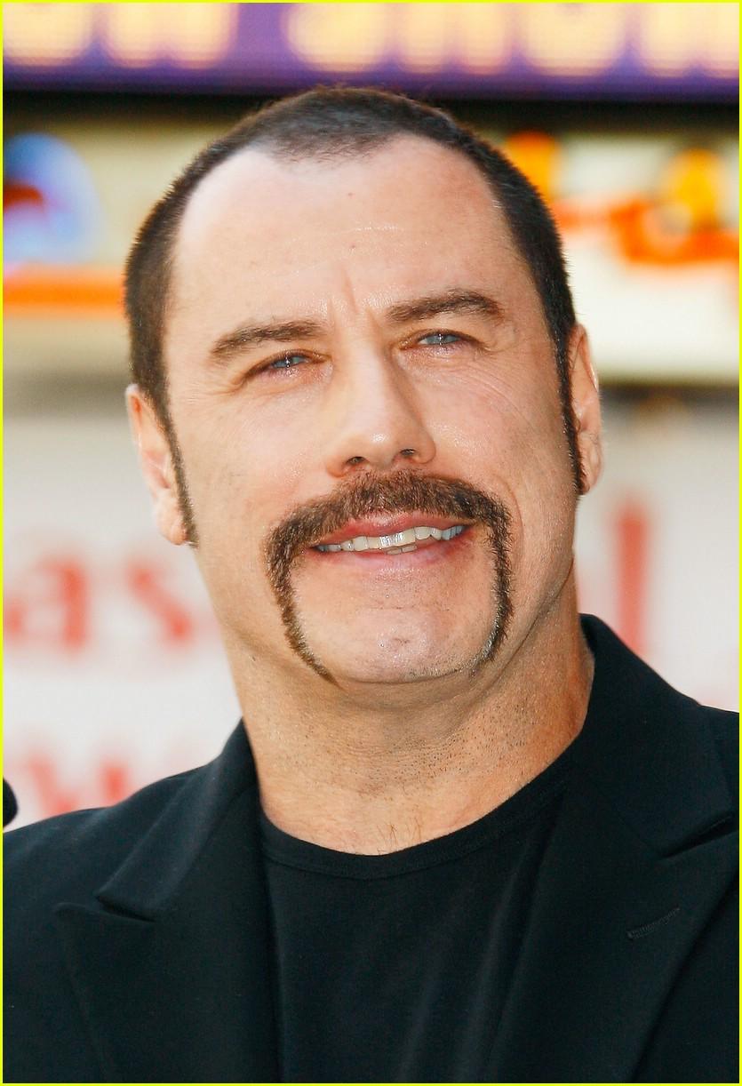 john-travolta-mustache-05.jpg