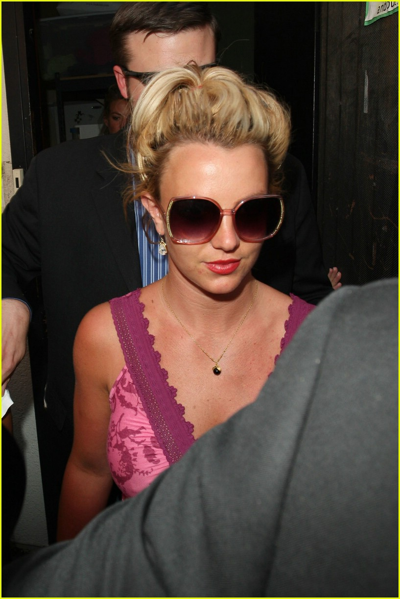 Britney Spears nude picture galleries