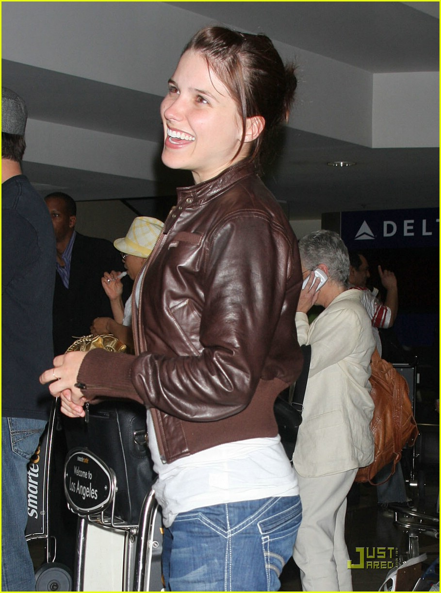 sophia bush james lafferty couple 021113561