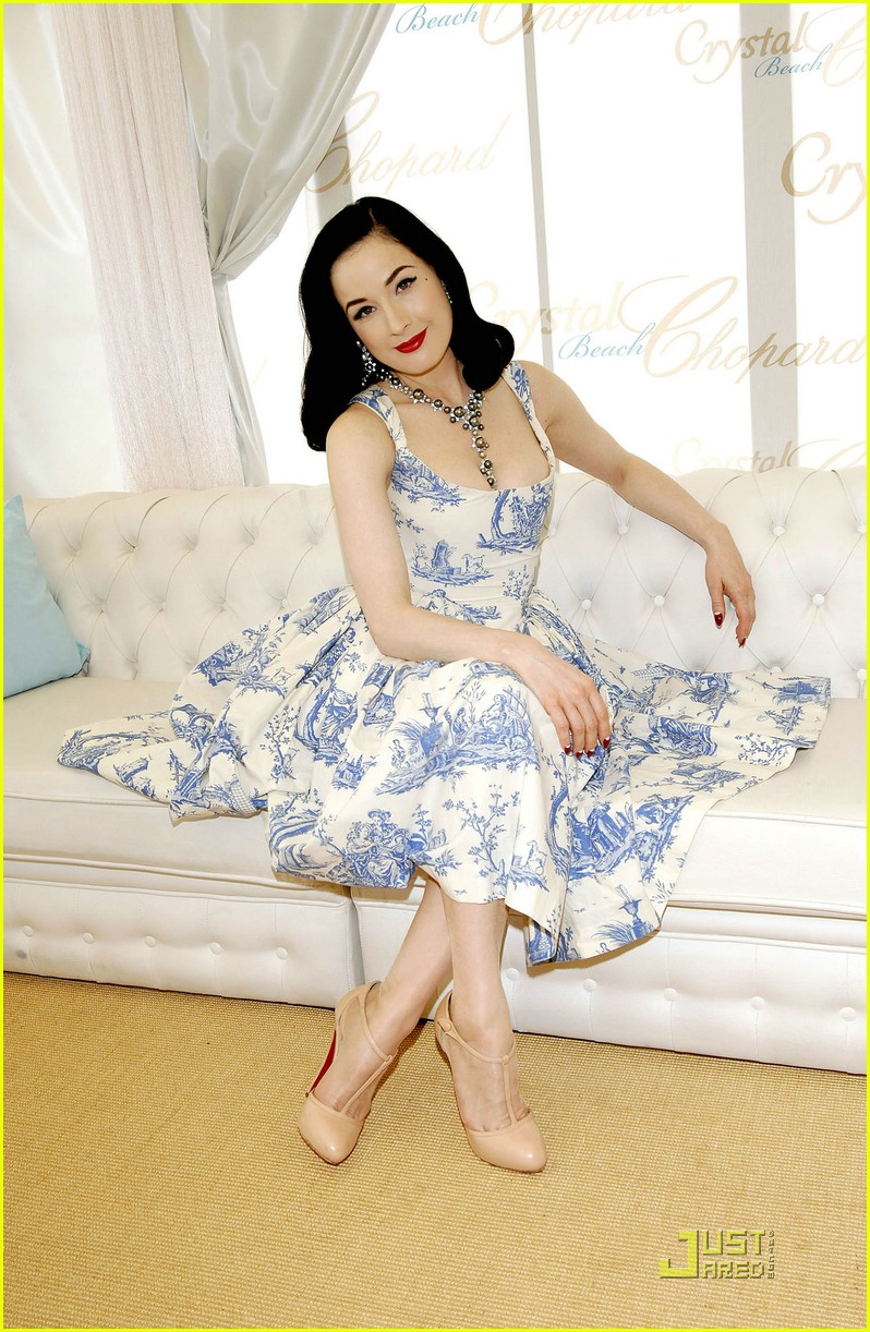dita von teese amfar cinema against aids 05